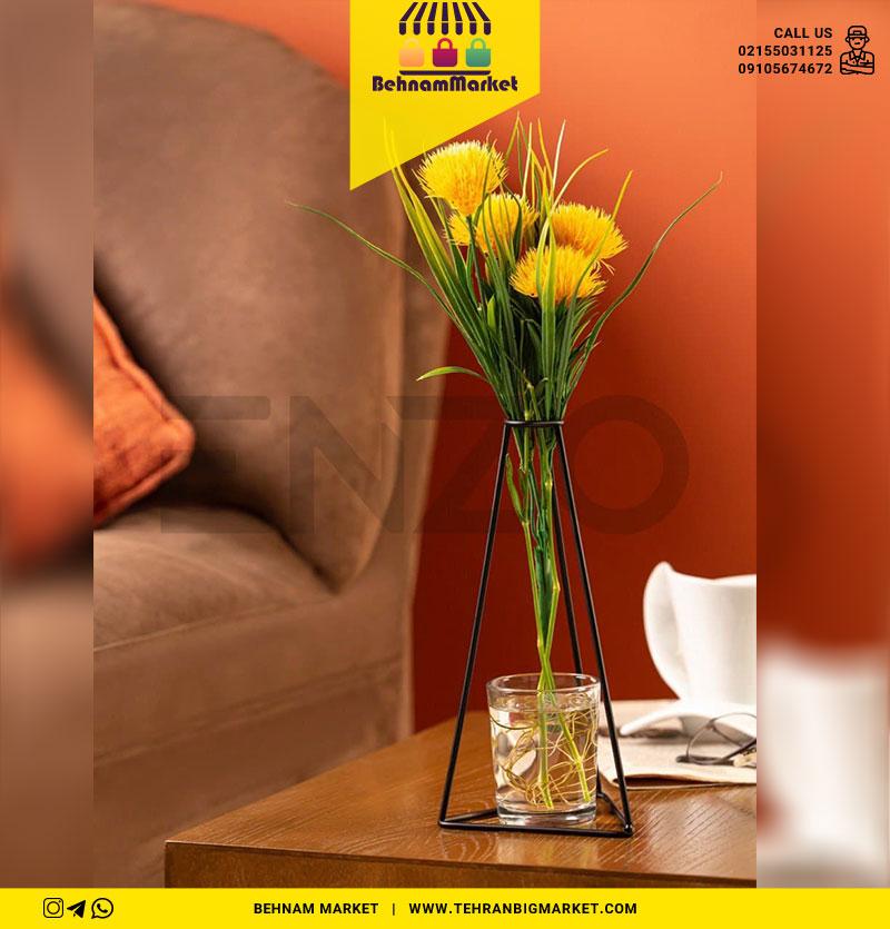 گلدان مثلثی لیوان دار